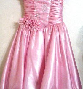 Платье для девочек 6-8 лет