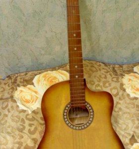 Гитара 6-ти странная акустическая