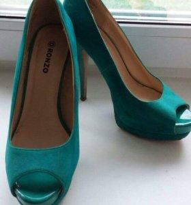 Туфли женские изумрудные
