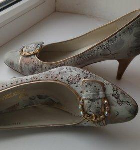 Кожанные туфли новые