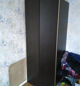 Угловой шкаф только сегодня продаю за 5000 цена по