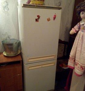"""Холодильник """"Стинол"""""""