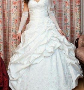 Свадебное платье от Людмилы Аникеевой