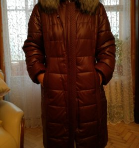 Пальто зимнее Новое отделка натуральный мех