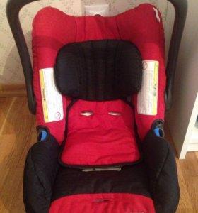 Автомобильное кресло Romer baby safe
