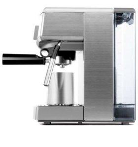 Кофемашина BORK C700
