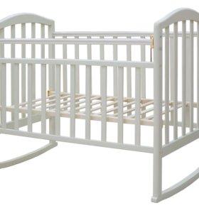 Новая белая кроватка