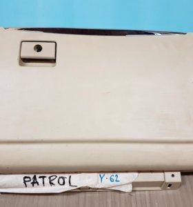 бардачок Nissan Patrol Y62