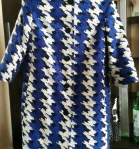 Новое очень стильное пальто