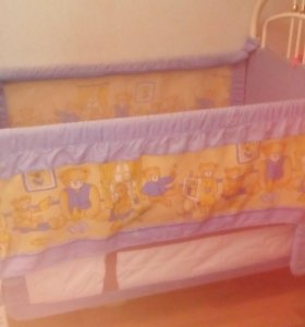 Кровать-манеж, велосипед.