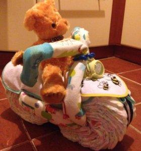 Подарок из подгузников новорожденному (мотоцикл)