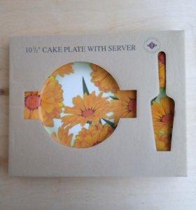 Тарелка для торта с лопаткой.
