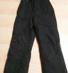 Горнолыжные брюки.