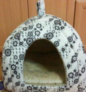 Домик для кошки или небольшой собаки