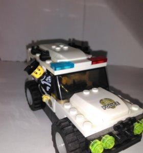 Полицейская машина Лего