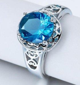Кольцо женское голубой топаз серебро
