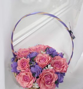 Корзина с цветами из фоамирана