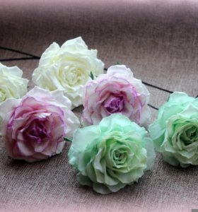 Резиночки -розы из фоамирана