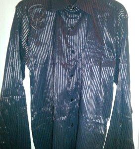 Рубашка стильная, с принтами.48-50р.