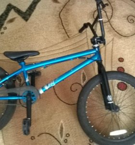 BMX Mongoose Legion L40.