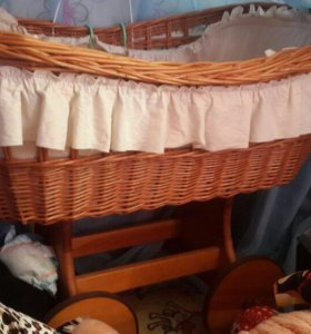 Кроватка детская плетёная в стиле ретро