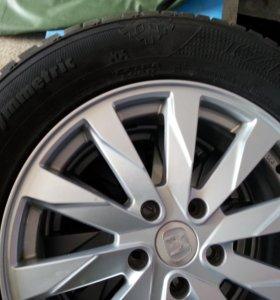 Колеса от хонды CR - V с резиной зима Кумхо 225 /