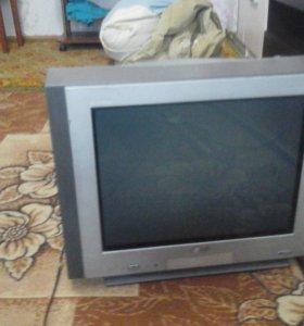 Телевизор в хорошем состоянии