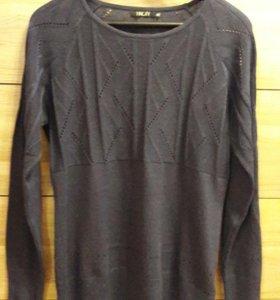 Тонкий свитер 46-48