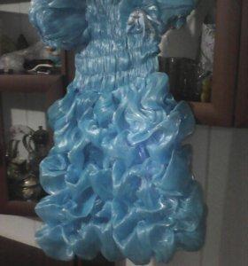 Платье на девочку 5-7 лет.