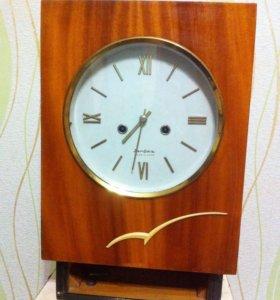 Настенные часы (антиквариат) ☝️