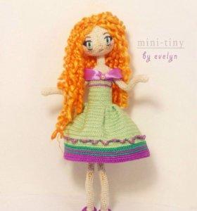 Вязаная кукла Флора