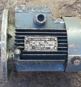 Электродвигатель асинхронный.220/380v