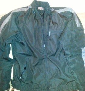 Куртка б/у,50-52