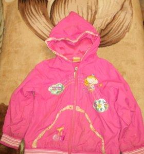 Куртка ветровка на девочку.