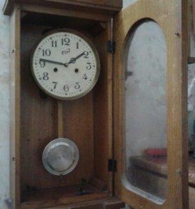 Настенные часы. СССР.