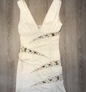 Nikibiki платье новое размер S