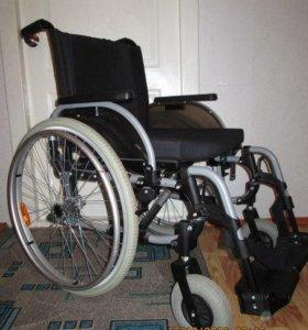 Инвалидная коляска. Прогулочная