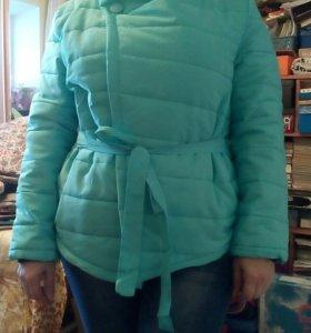 Новая демисезоная куртка