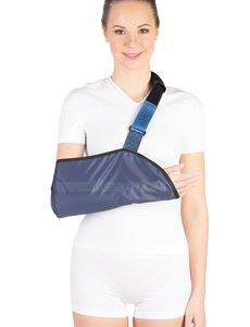 Бандаж косынка (повязка) при переломе руки