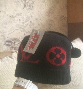 Новая мужская шапка LV
