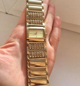 Часы DKNY оригинал б/у