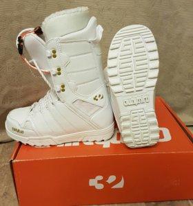Ботинки для сноуборда THIRTYTWO