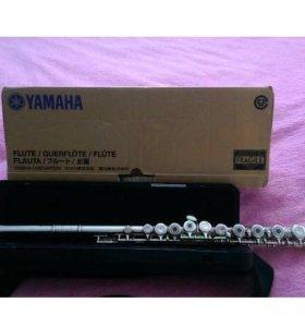 Флейта Yamaha YFL-261/02 Есть нот.. тетр. и дневни