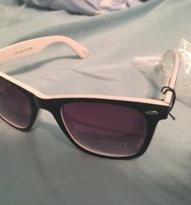 Солнечные очки унисекс