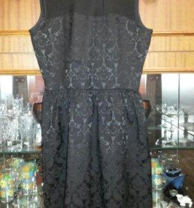 Платье чёрного цвета. Новое.