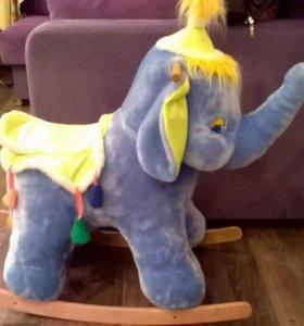 Продам качалку-слона
