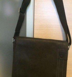 Новая кожаная сумка Strellson
