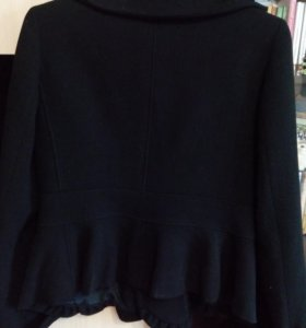 Продаю пиджак Armani Collezioni