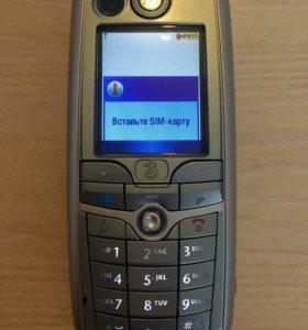 Телефон Motorola C975