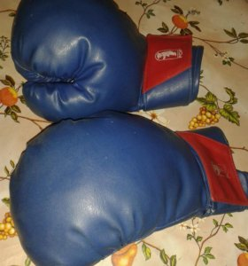 Перчатки груша шлем футболки